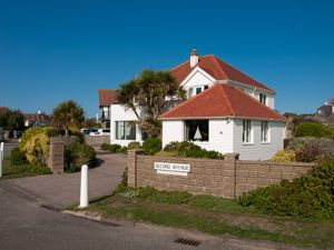 Second Avenue Felpham